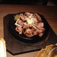 薩摩種鶏のもも炭火焼