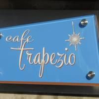 cafe trapezio