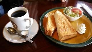 シナモントースト+ミニサラダ
