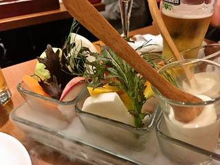 こだわり採れたて野菜のバーニャフレッダ