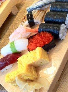 お昼のにぎり/入船寿司