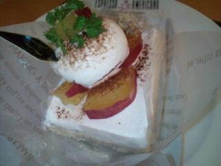 黒ゴマとさつま芋のケーキ
