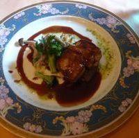 牛肉とフォアグラのポワレ
