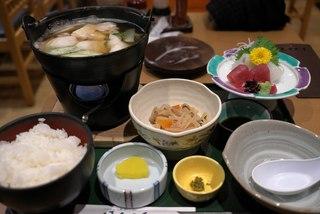タラ鍋と刺身の定食