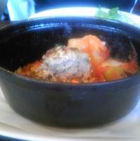 完熟トマトソースの自家製ハンバーグ