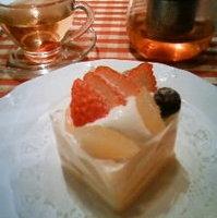 ラ・フランスと3種のフルーツのショートケーキ