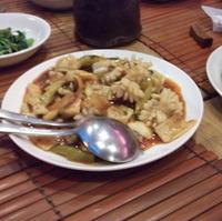 イカの中国黒酢風辛子炒め