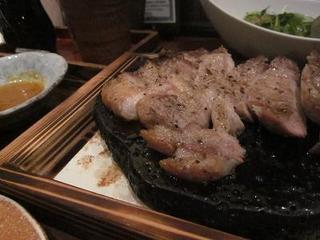 やまゆり豚の石焼ステーキ