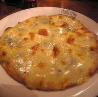 ブルーチーズのピザ