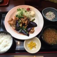 豚肉とナスのピリ辛キムチ炒め定食