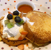フレンチトースト+フルーツ