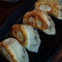 鉄板焼餃子