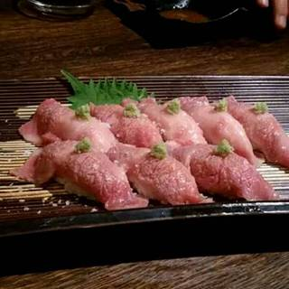 特製炙り牛寿司
