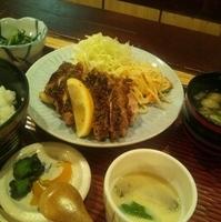 鶏の黒コショウ焼定食