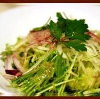 水菜とオニオンのサラダ