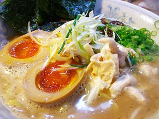 鶏がら白湯麺