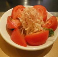 完熟トマトサラダ