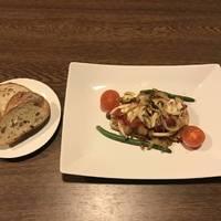 チキントマトバジルソース