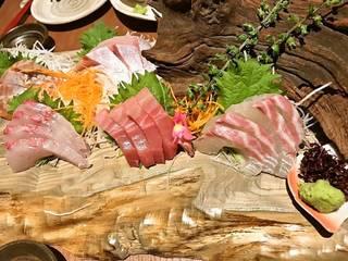鮮魚盛り合わせ
