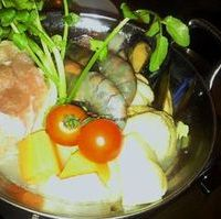 地中海鍋-香潤鶏と魚介のブイヤベース仕立て-