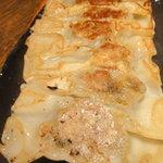 鉄板焼き北京餃子