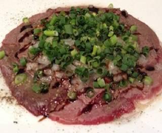 馬肉の炙りカルパッチョ