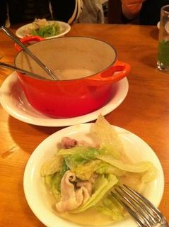 レタスと豚肉の豆乳鍋