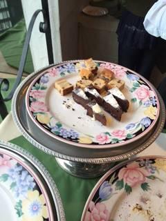 デザートビュッフェ(チョコレートケーキとパウンドケーキ)