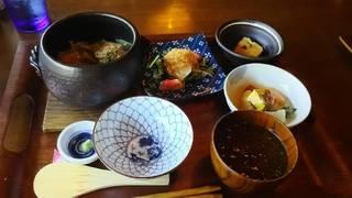 鰆の西京味噌だれ焼きと鎌倉やわらかキャベツの土鍋ごはん