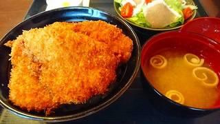 ひれかつ丼 サラダセット