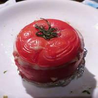 牛すねとサフランライスのトマトファルシィ