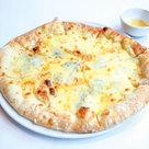 五種チーズのはちみつピザ