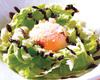 温泉卵のせ黒胡麻シーザーサラダ