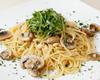 ・マッシュルームと松の実と大葉のスパゲティ