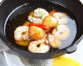 ニンニクと海老オリーブオイル煮