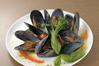 ムール貝と季節野菜の白ワイン蒸し