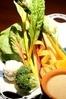 生乳を使った有機野菜のバーニャカウダ