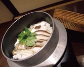 明石鯛と産地直送コシヒカリの鯛釜飯