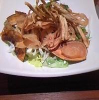 野菜チップと水菜のカリカリ和風サラダ