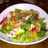 どっさり野菜のサラダ