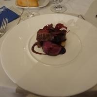 フィレ肉のロティ 芳醇な赤ワインソース 大地の恵みと共に