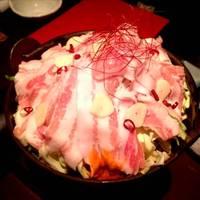 もち豚の坦々鍋(自家製ラー油と力士味噌添え)