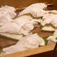 香潤鶏とズッキーニの蒸篭蒸し