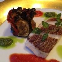 鯛のポワレと夏野菜の低温オーブン焼き