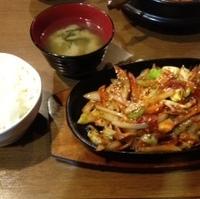 鉄板焼肉炒め定食