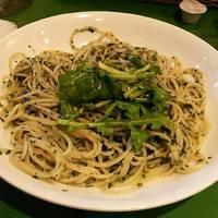 ルッコラのせバジリコのスパゲッティアーリオオーリオセット