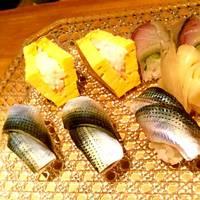 青魚と玉のお鮨