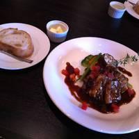 ホロホロ鶏のロースト キノコと赤ワインビネガーソース