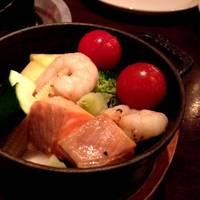 チーズフォンデュ用のお野菜、サーモン、海老