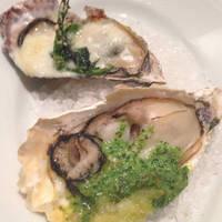 牡蠣のバジルソース焼き